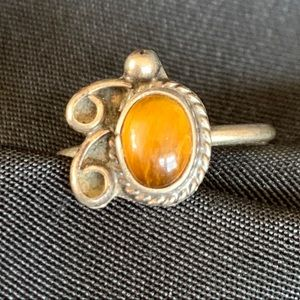 Vintage Stelring & Tiger's Eye Oval Cabochon Ring